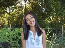 Override profile image for Riya Mehta